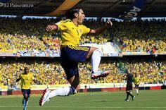 Con gol de James Rodríguez, la selección Colombia derrota 1-0 a Ecuador - diario El Pais