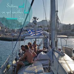 Join us on any of our three wonderful sailing tours from Naxos to the neighbouring islands and coasts.
