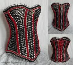 DIY corset made from ribbon and can tabs. Victorian Corset, Steampunk Corset, Steampunk Fashion, Diy Corset, Corset Tutorial, Soda Tab Crafts, Pop Can Tabs, Hourglass Fashion, Hourglass Style