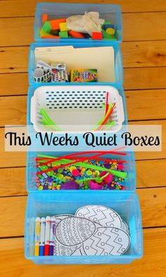 Weeks Quiet Boxes - How Wee Learn Fabulous quiet boxes activities for kids! This site has the best quiet time activities for preschoolersFabulous quiet boxes activities for kids! This site has the best quiet time activities for preschoolers Quiet Time Activities, Kids Learning Activities, Toddler Learning, 3 Year Old Activities, Early Childhood Activities, Therapy Activities, School Age Activities, Childcare Activities, Morning Activities