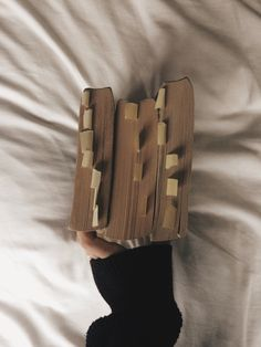 love a good used book☺ (I know some of you are going to get mad at me fire highlighting and writing in my books but these were for history coursework don't worry) Used Books, Books To Read, My Books, Book Aesthetic, Aesthetic Photo, The Secret History, Book Photography, Book Nerd, Bookstagram