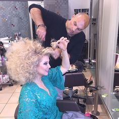 Teased Updo, Bouffant Hair, Medium Curly, Retro Hairstyles, Big Hair, Beauty Women, Curly Hair Styles, Wigs, Stylists