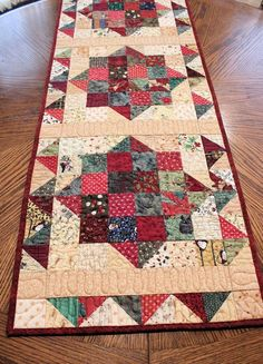 Scrappy Country Christmas Table Runner Quilt by QuiltSewPieceful by esmeralda