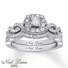 This stunning bridal set from the Neil Lane Bridal® collection features a… Princess Cut Bridal Sets, Princess Cut Rings, Bridal Ring Sets, Bridal Rings, Princess Wedding, Vintage Princess, Princess Birthday, Dream Engagement Rings, Princess Cut Engagement Rings