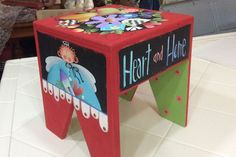 "NOTE HOW THE INSIDE ""LEGS"" ARE PAINTED - CUTE!    stool-1-sm.jpg"