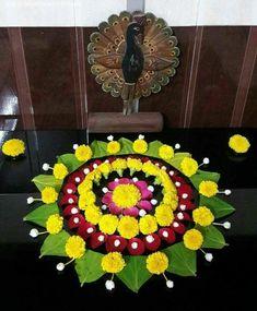Flower Rangoli For Diwali Flower Rangoli Images, Simple Flower Rangoli, Rangoli Designs Flower, Colorful Rangoli Designs, Rangoli Ideas, Rangoli Designs Diwali, Rangoli Designs Images, Beautiful Rangoli Designs, Flower Designs