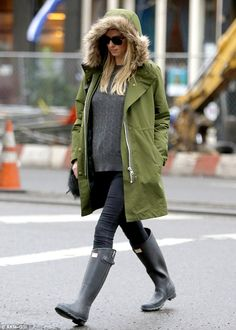 Hinted! Nicky Hilton Rothschild, 32, showed the first signs of pregnancy while in New York...