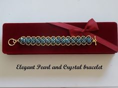 How to Make the Portsmouth Bracelet Using Two-Hole Es-O Beads - YouTube