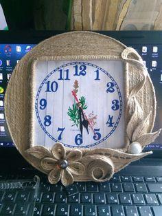 Одноклассники String Crafts, Burlap Crafts, Diy Home Crafts, Arts And Crafts, Sisal, Bobbin Lacemaking, Rope Art, Diy Clock, Thread Art