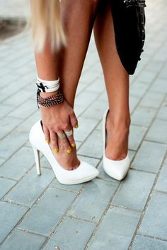 Candy white pumps