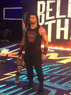 Roman Reigns is the best 💋💞💖💕💓💗❤💚💜💛 Beautiful Joe, Roman Reigns Dean Ambrose, Roman Regins, Wwe Roman Reigns, Brock Lesnar, Photo Composition, Bollywood Gossip, Royal Rumble, Wwe Divas