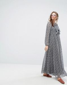 http://www.asos.com/lily-and-lionel/lily-and-lionel-70s-leopard-maxi-dress/prd/8625483?CTARef=Saved%20Items%20ImageDiscover Fashion Online