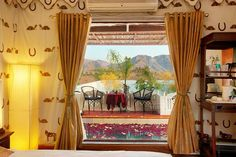 Araam Baagh Pushkar, feel of a tent combined with attached paddle pool en suite, homely feel and yet very serene.