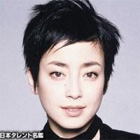 大人の女、宮沢りえのどこか色っぽい髪型・ヘアスタイルまとめの3枚目