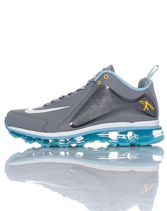 Low top men's sneaker Griffey swingman logo on side of shoe Mesh detail Air bubble heel for ultimate comfort and performance Sports Footwear, Sports Shoes, Kicks Shoes, Men's Shoes, Ken Griffey Jr Shoes, Chelsea, Grey Nikes, Nike Shoes Outlet, Sneaker Boots