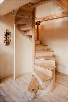 Beautiful spiral staircase. I want this for a new entry into our basement.