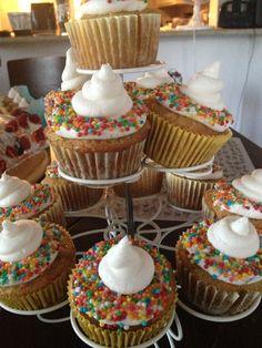 Hawaiian cake cupcakes