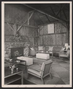 Living room with furniture designed by T.H. Robsjohn-Gibbings, between 1940 and 1965