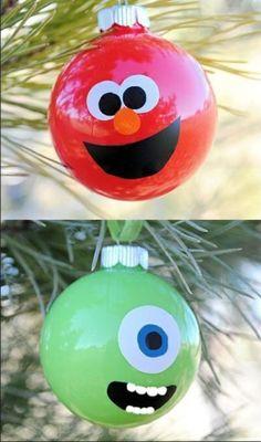 weihnachtskugel monster und elmo