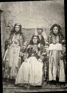 Kurdish women from 19th century