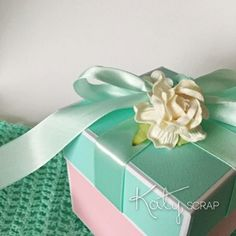 18K6/KRABIČKA/svatební na peníze mint/růž IHNED Gift Wrapping, Gifts, Self, Gift Wrapping Paper, Presents, Wrapping Gifts, Favors, Gift Packaging, Gift