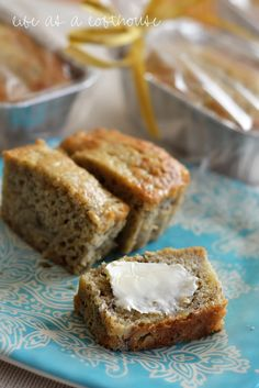 Life as a Lofthouse (Food Blog): The Best Banana Bread @stephaniecapen this is the bread.