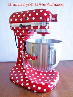 I so want to do this to my kitchen aid!! I already have a red kitchen aid now i just need to to print out some white vinyl dots :-) Love Love Love!!!