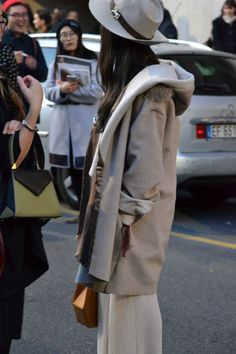 EDIE e GALA streetstyle from MFW