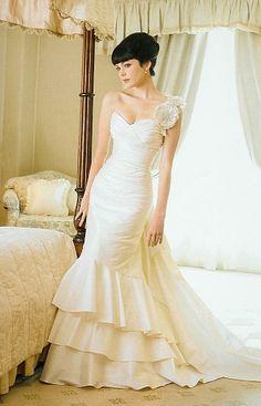 KAREN WILLIS HOLMES - Wedding dress - Roberta.  From Sydney Bride magazine. Image Peter Collie.