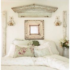 Salvaged Architectural Posts and Pediment - using repurposed salvaged pieces in the home - Vicky's Home: Estilo rural y romántico \/ Romantic Rural Style