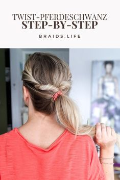 11 Frisuren Halblang Selber Machen The post 11 Frisuren Halblang Selber Ma appeared first on Ladyandfashion. Open Hairstyles, Ponytail Hairstyles, Ponytail Tutorial, Simple Ponytails, Bobby Pins, Hair Care, Braids, Hair Beauty, Hair Accessories