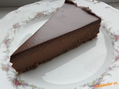 Diesen leckeren Schoko-Cheesecake bereitet ihr nur in ca 45 Minuten zu, ohne Bac… This delicious chocolate cheesecake you prepare only in about 45 minutes, without baking. It's a caloric bomb, but … Continued Pear And Chocolate Cake, Chocolate Cheesecake, Delicious Chocolate, Czech Desserts, German Baking, Cheesecake Recipes, Bacon Cheesecake, Food Cakes, Cake Cookies