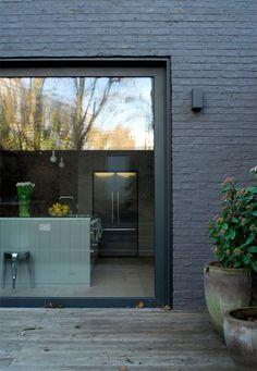 Ideas For Kitchen Black Brick Window Wall Exterior, House Paint Exterior, Exterior House Colors, Modern Exterior, Exterior Remodel, Exterior Design, Brick Cladding, House Cladding, Brick Facade