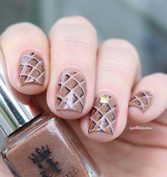 A England sparks divine caramel brown holo waffle / hashtag nail art