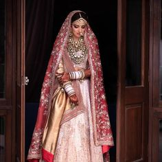 miheeka bajaj wedding Women's Ethnic Fashion, India Fashion, Girl Fashion, Fashion Show, Fashion Design, Bridal Fashion, African Fashion, Latest Fashion, Indian Dresses