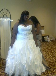 We can make custom #plussizeweddingdresses like this affordable & specific to the #brides at www.dariuscordell.com