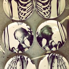 /\ /\ . Anatomy Design