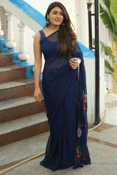 Shalini Pandey Photos at Jwala Movie Opening Function - Bass Rockers Beautiful Girl Indian, Most Beautiful Indian Actress, Beautiful Saree, Indian Wedding Gowns, Indian Dresses, Indian Outfits, Salwar Designs, Blouse Designs, Bridesmaid Saree