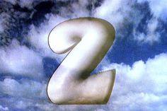 "Logo ""Dwójki"", 1993 rok (fot. J. Bogacz / TVP)"