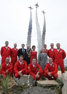 Red Arrows unveil permanent memorial to colleague Jon Egging