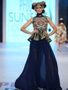 Akif Mahmood - 7th PFDC Sunsilk Fashion Week.