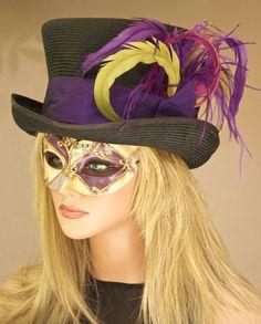 Mini Mardi Gras Glitter Top Hat Headband w/ Feathers - brottbackenMini Mardi Gras Glitter Top Hat Headband w/ FeathersGold Lace Crystal Handmade on Etsy Masquerade Feathers Mask for Mardi Gras Caniv.Gold Lace Crystal Handmade on Mardi Gras Party Costume, Mardi Gras Hats, Mardi Gras Outfits, Mardi Gras Parade, Venetian Masquerade Masks, Masquerade Costumes, Fancy Dress Hats, Mermaid Bra, New Orleans Mardi Gras