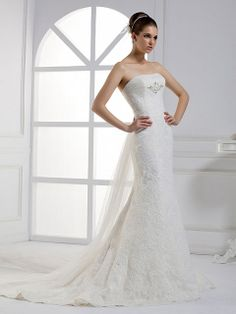 Sheath/Column Strapless Lace Tulle Chapel Train White Crystal Brooch Wedding Dresses at Msdressy
