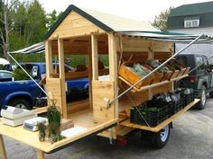 flatbed becomes a mobile farmers market....very cool