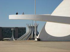 Brasilia, Oscar Niemeyer