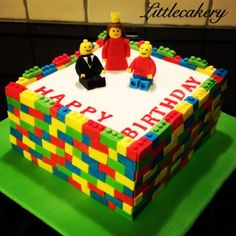 I made a LEGO-cake yesterday, what do you think? - Imgur