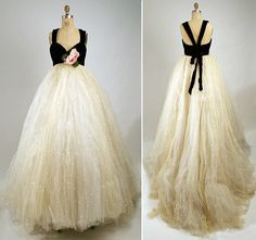 evening dress by Sarmi for Elisabeth Arden Vintage Evening Gowns, Vintage Ball Gowns, Vintage 1950s Dresses, Evening Dresses, Vintage Clothing, Vintage Outfits, Vintage Style Wedding Dresses, Wedding Dress Styles, Vintage Fashion