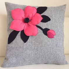 6 Surprising Tips: White Decorative Pillows Couch decorative pillows on sofa black and white.Decorative Pillows Floral Pink how to make decorative pillows simple. Cute Bedding, Cute Pillows, Diy Pillows, Cushions, Throw Pillows, Cheap Decorative Pillows, Living Room Decor Pillows, Pillow Inspiration, Flower Pillow