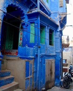 Rajasthan' blue city Jodhpur Asian Architecture, Blue City, Magic Carpet, Jodhpur, India Travel, Art Activities, Middle Ages, Beaches, Travel Destinations