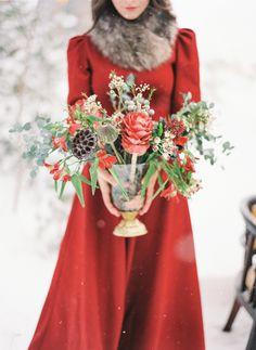 зимняя фотосессия в лесу #winter_bride Photographer: Olga Plakitina (http://olgaplakitina.com)| Decor & Florist: Felitsata (http://www.felitsata.com/ ) | more on www.bridetips.ru